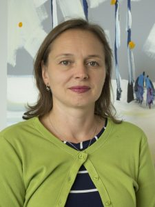 Head shot of Yelena Mirzoyan