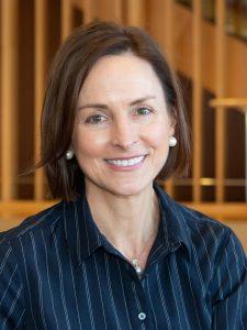 Head shot of Heather Ward
